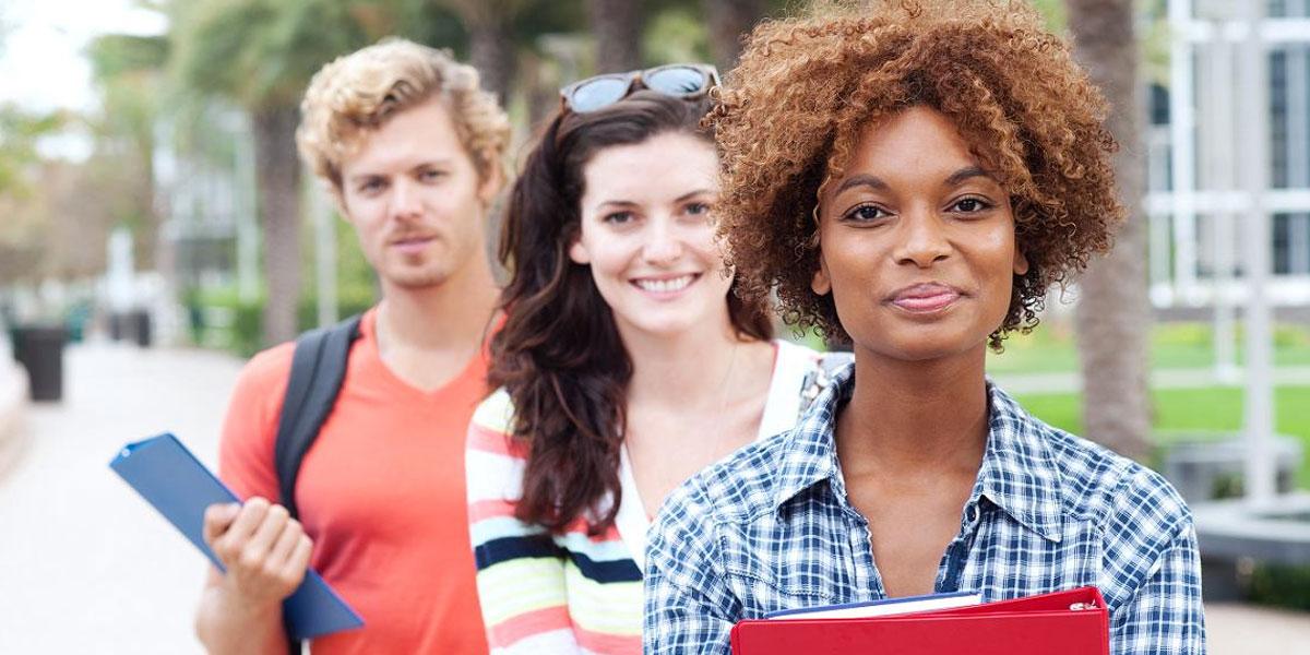 studenti-2-scuola-superiore-mediatori-linguistici-nelson-mandela-laurea-master-diploma-matera-basilicata